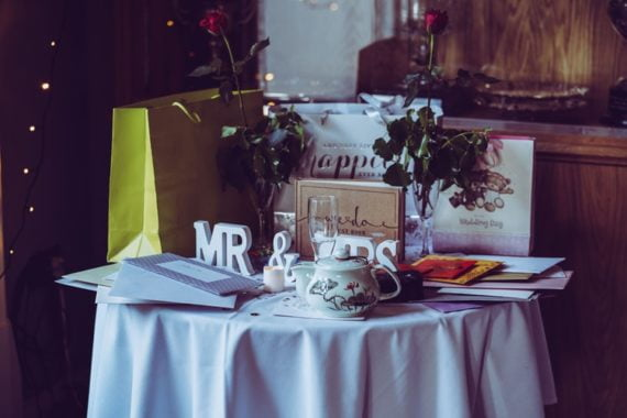 Prezent na ślub dla młodej pary