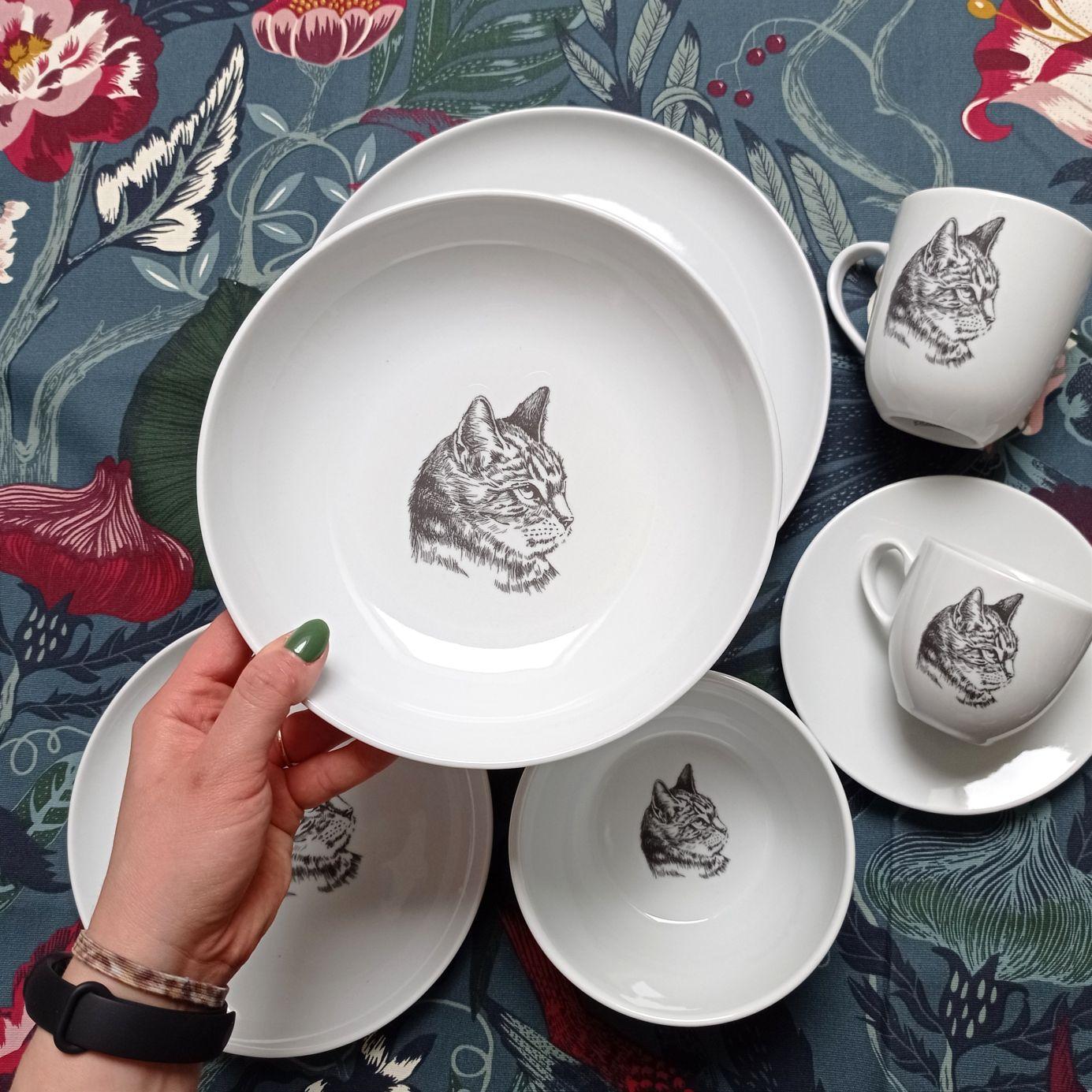 głęboki talerz z kotem