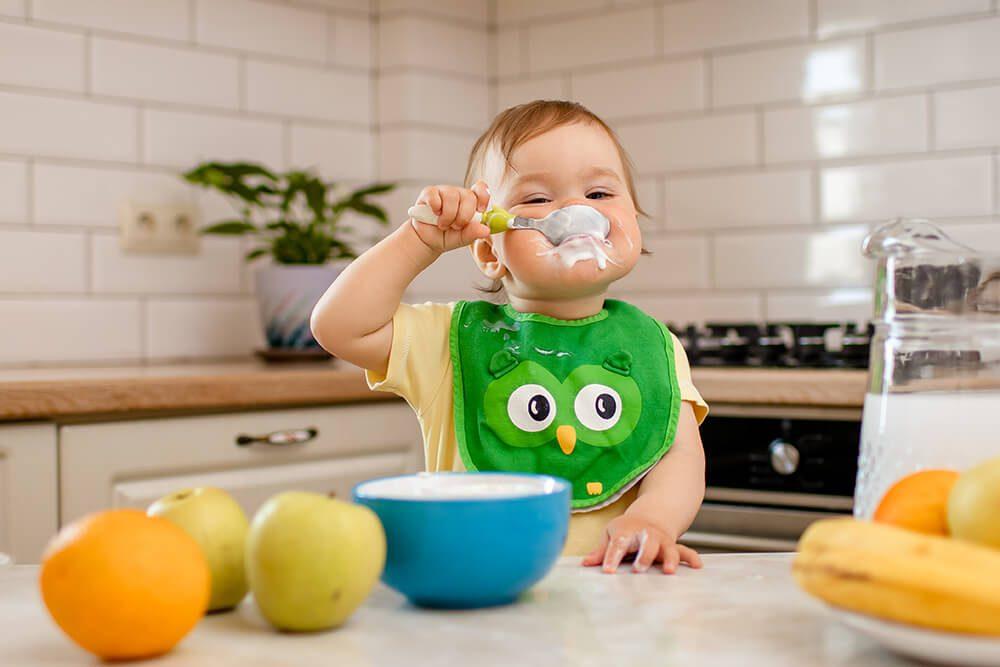 Wybór naczyń dla dziecka według Marii Montessori