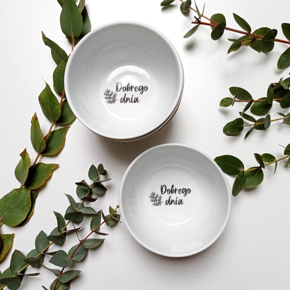 zestaw miseczek porcelanowych